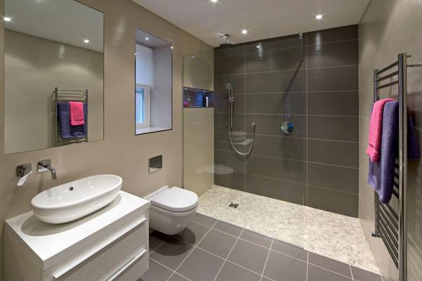 Amenager une salle de bain de 10m2 : Comparez les pros de votre région
