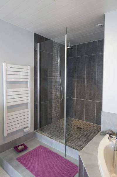 salle de bain avec douche italienne prix