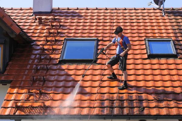Tarif pour nettoyage de toiture : Devis Gratuit et Sans Engagement