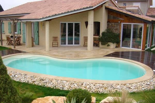 Prix piscine creusée 10x20 : Comparez les pros de votre région