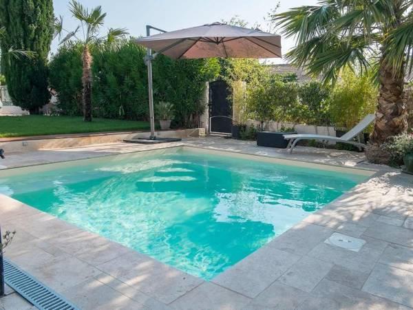Tarif piscine traditionnelle 8x4 : Demandez votre étude gratuite